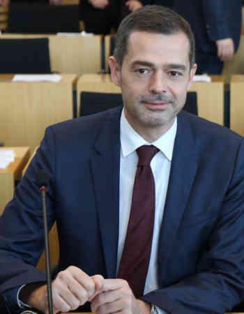 Mohring: Ehrenamtsförderung und Nachhaltigkeitsprinzip als Staatsziel in die Landesverfassung